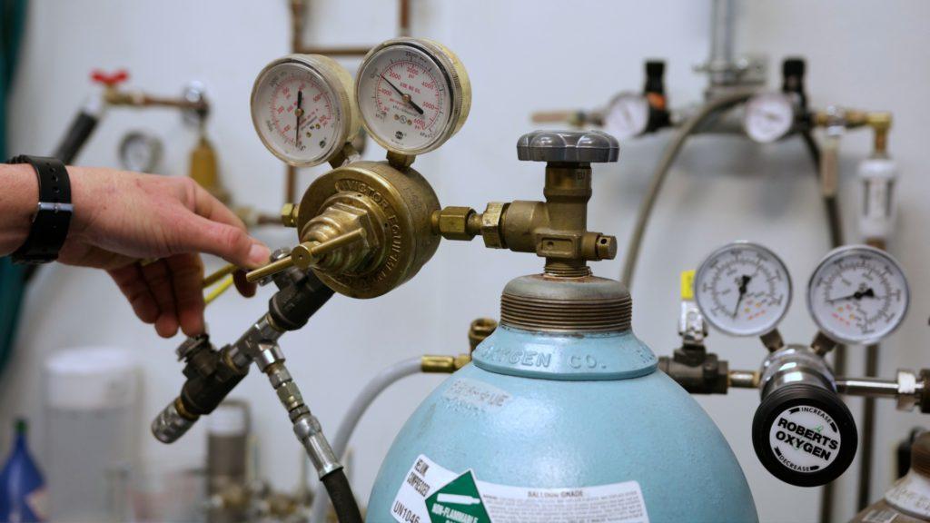 Helium Mass Spectrometer Leak Testing